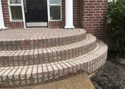 Masonry brick step